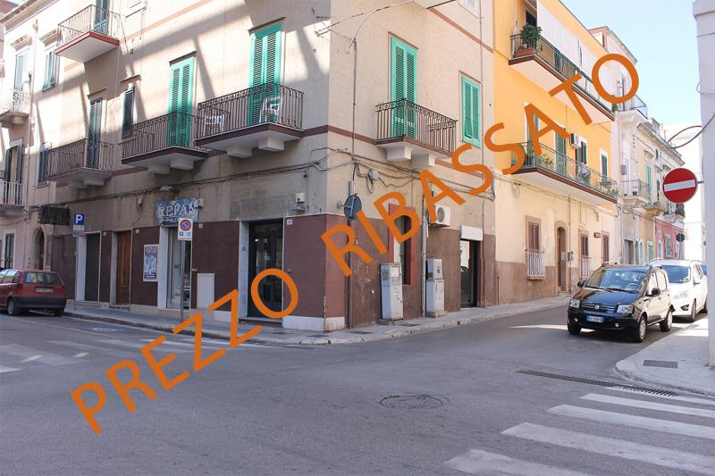 Locale commerciale - 3 Vetrine a Centrale, Monopoli Rif. 9239977