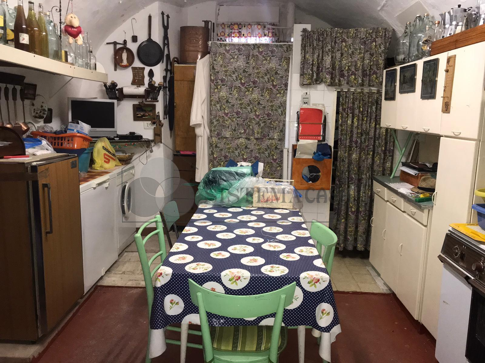 Vendita Casa di Borgo  a Bolano, Montebello Di Mezzo (SP) - F258