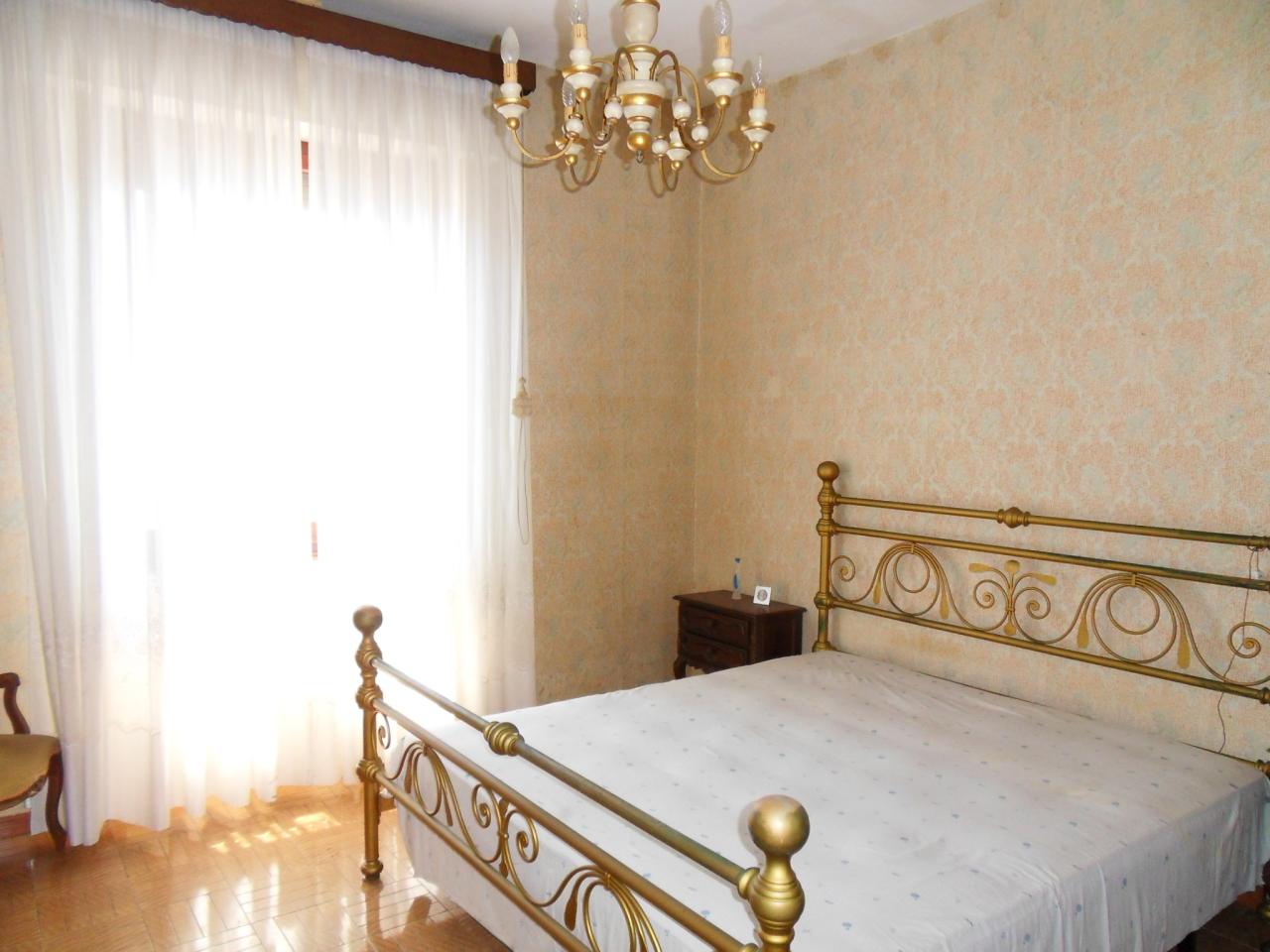 Appartamento in vendita a Uscio, 7 locali, prezzo € 75.000   CambioCasa.it