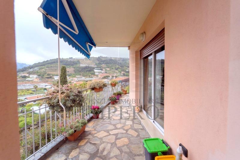 Appartamento in vendita a Vallecrosia, 3 locali, prezzo € 260.000 | PortaleAgenzieImmobiliari.it
