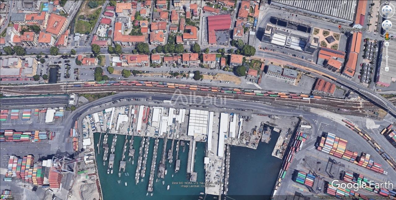 Appartamento in vendita a La Spezia, 5 locali, prezzo € 215.000 | PortaleAgenzieImmobiliari.it