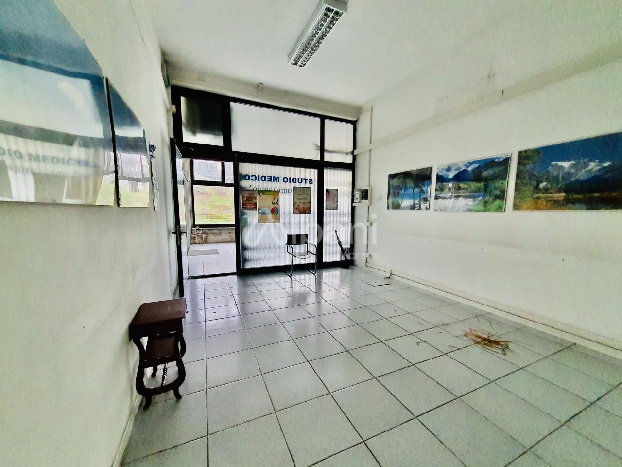 Capannone in vendita a Vezzano Ligure, 3 locali, prezzo € 60.000 | PortaleAgenzieImmobiliari.it