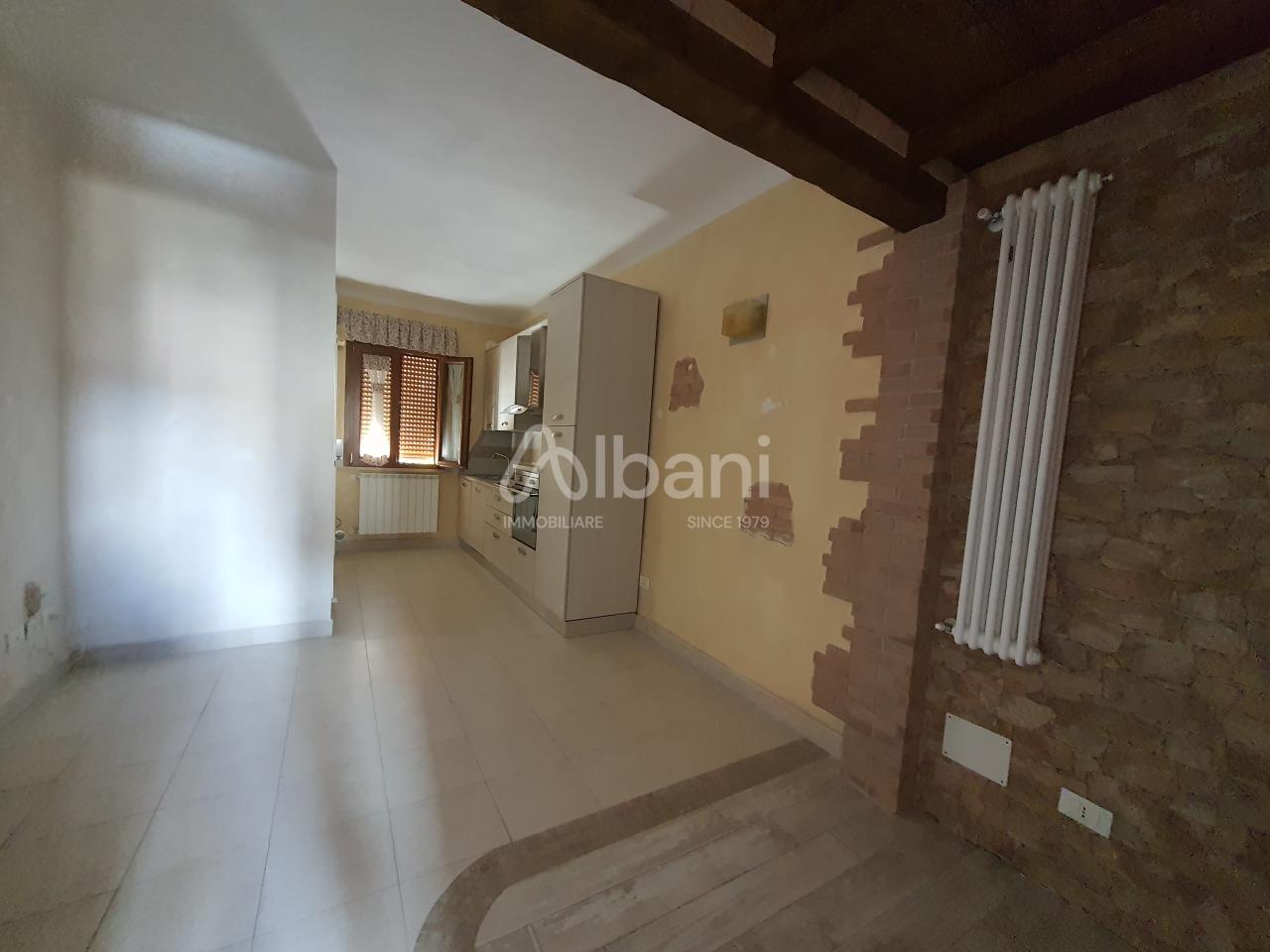 Appartamento in vendita a La Spezia, 2 locali, prezzo € 62.000 | PortaleAgenzieImmobiliari.it