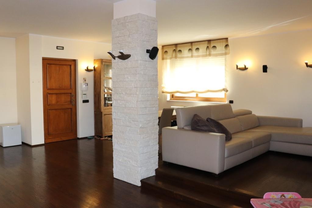 Appartamento in vendita a Casamassima, 4 locali, prezzo € 280.000 | PortaleAgenzieImmobiliari.it