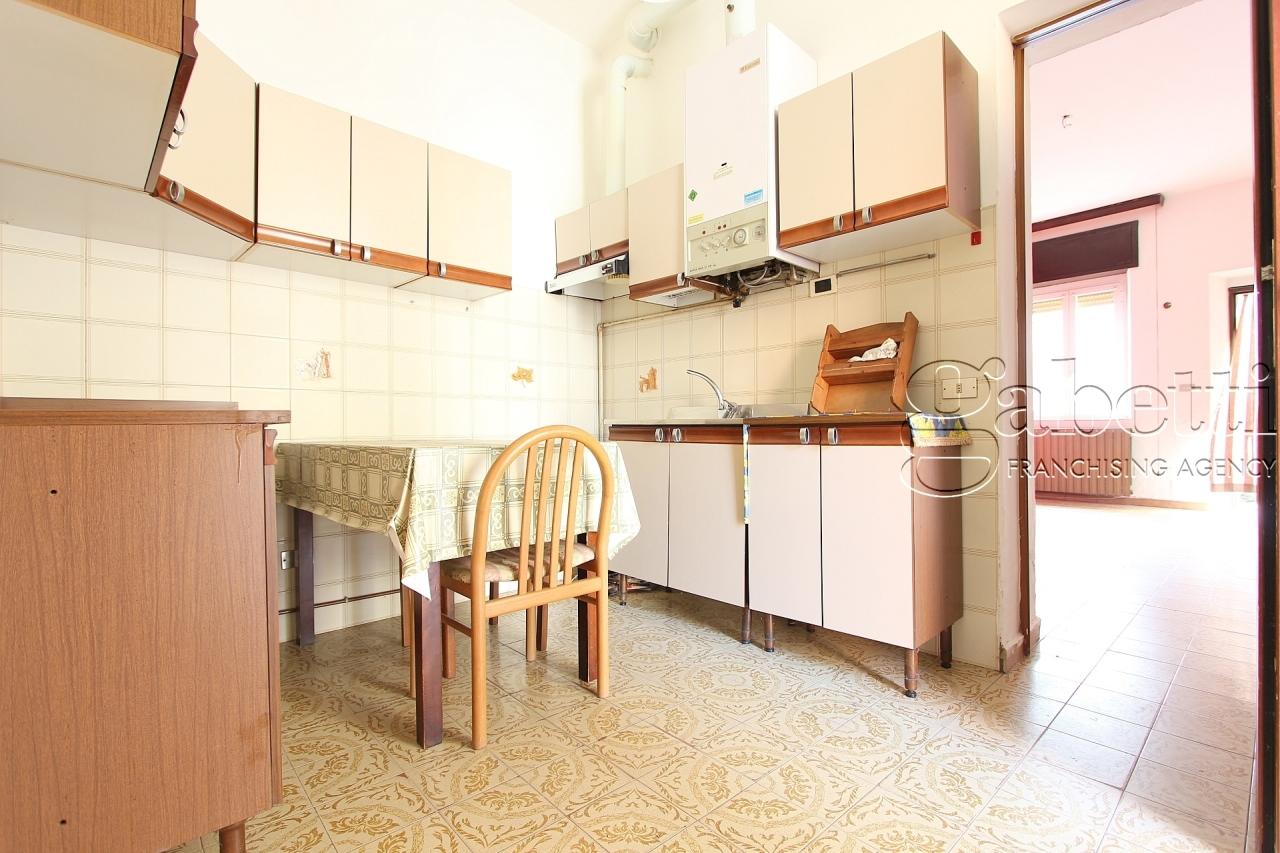 Appartamento in vendita a Pogliano Milanese, 3 locali, prezzo € 130.000   PortaleAgenzieImmobiliari.it
