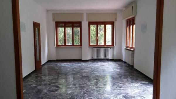 Appartamento in buone condizioni in affitto Rif. 6401677