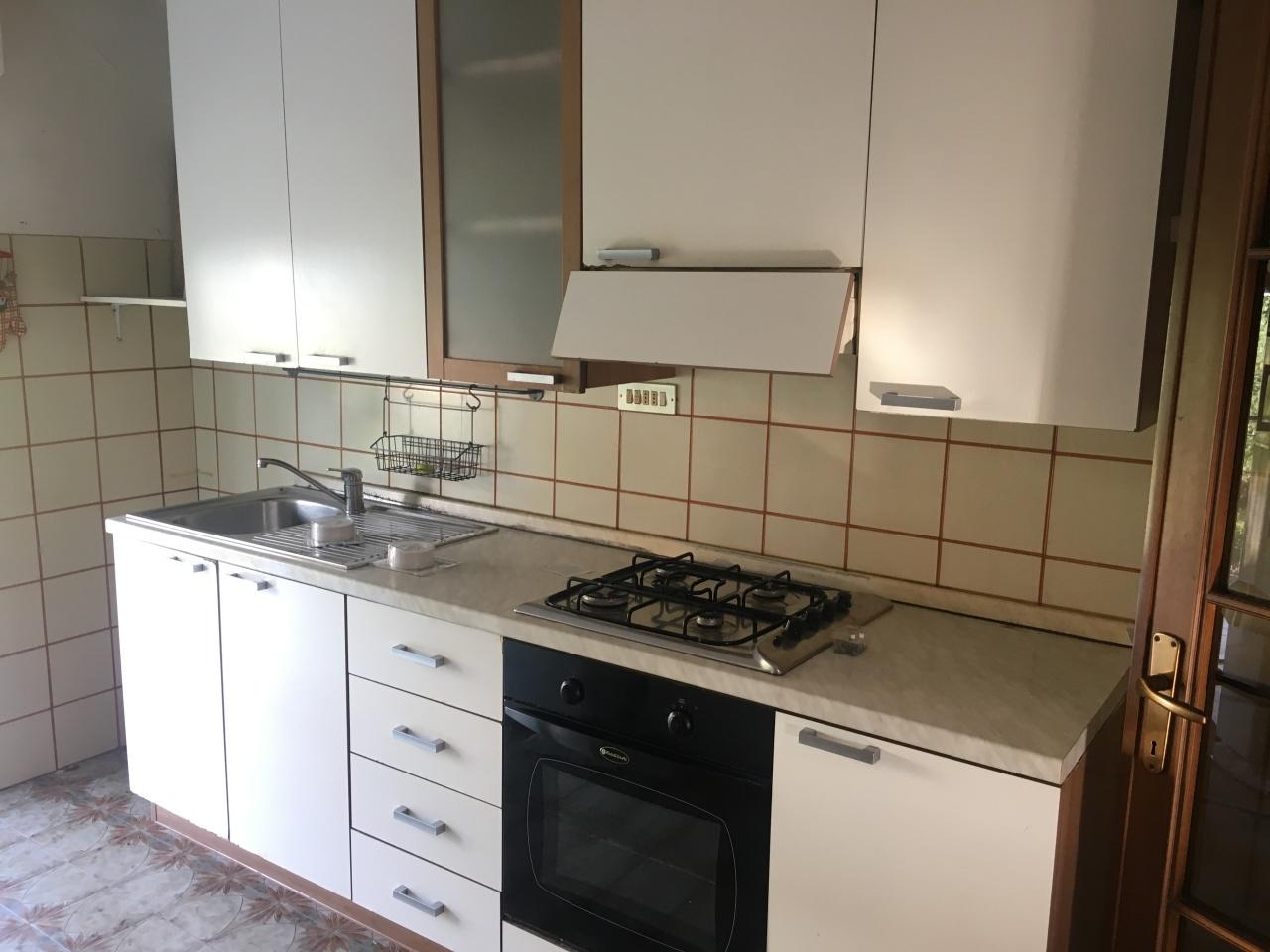 Soluzione Indipendente in affitto a Riccò del Golfo di Spezia, 5 locali, prezzo € 350 | PortaleAgenzieImmobiliari.it