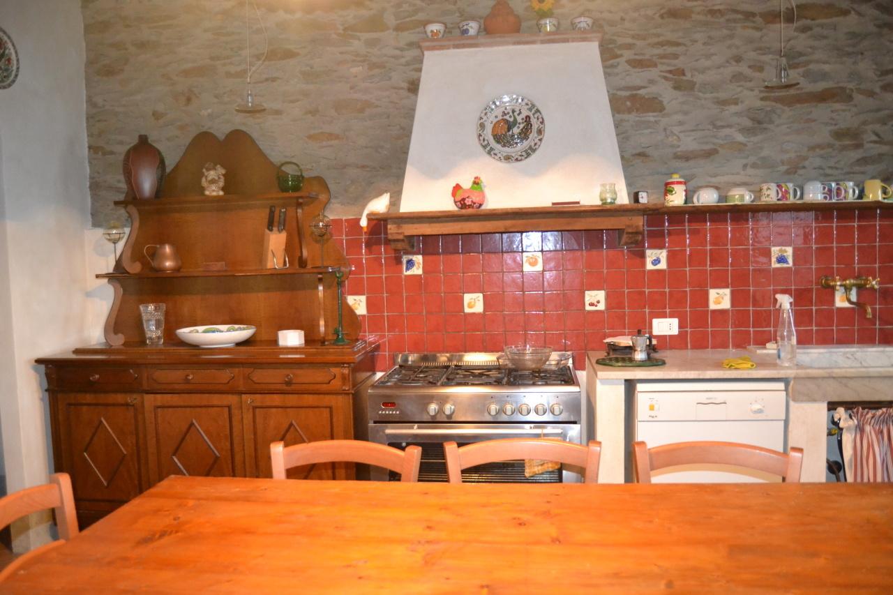 Casa Indipendente ristrutturato in vendita Rif. 10106623
