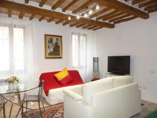 Appartamento in buone condizioni arredato in affitto Rif. 8463487