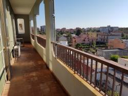 Appartamento in Vendita a Siracusa, zona Pizzuta Scala Greca, 190'000€, 160 m², con Box