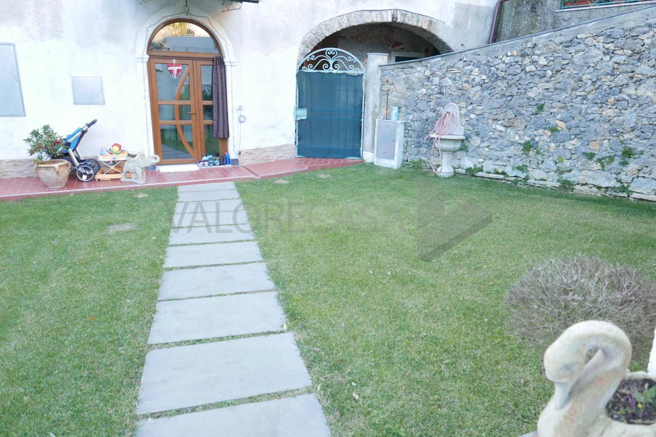 Porzione di casa in ottime condizioni arredato in vendita Rif. 8893947