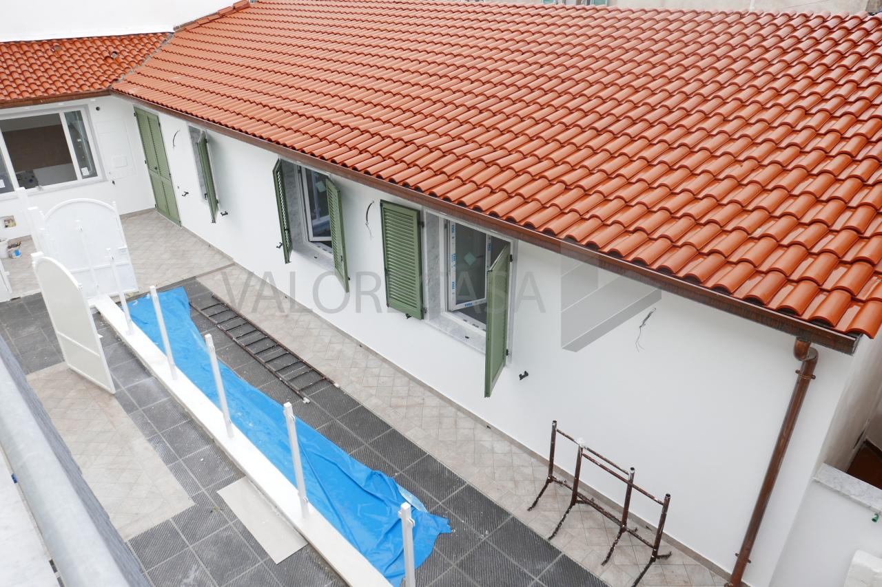 Porzione di casa ristrutturato in vendita Rif. 10802007