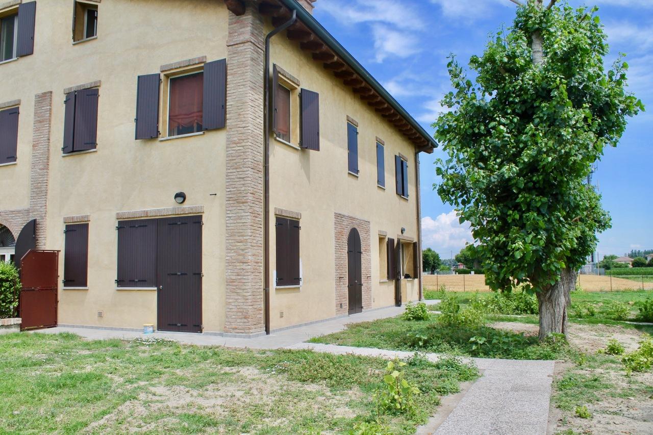 Rustico / Casale in vendita Rif. 8368354