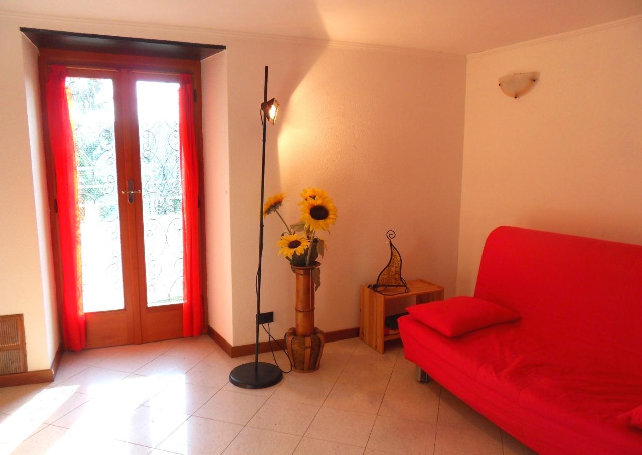 Casa Indipendente in buone condizioni in vendita Rif. 4143028