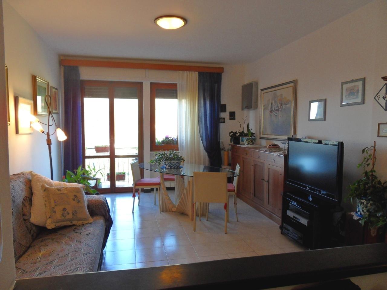 Appartamento in vendita a Bogliasco, 4 locali, prezzo € 280.000 | CambioCasa.it