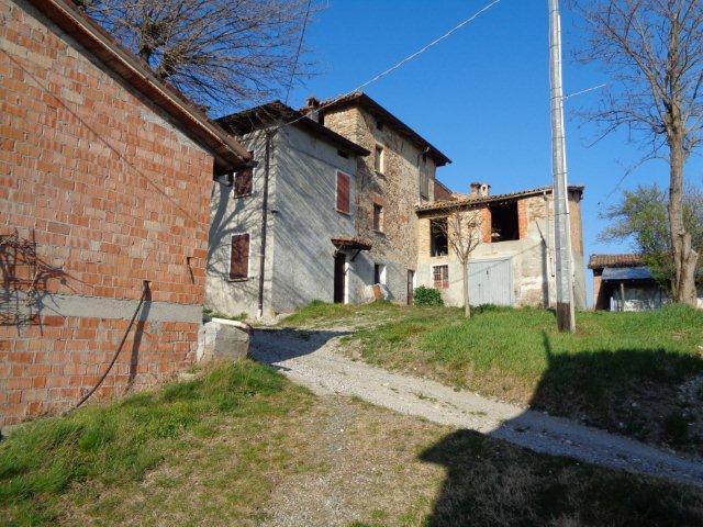Rustico / Casale in discrete condizioni in vendita Rif. 11939079