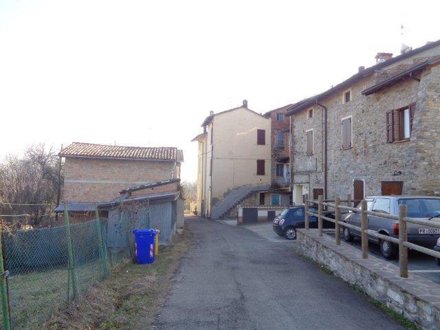 Semindipendente - Porzione di casa a Ramiola, Medesano