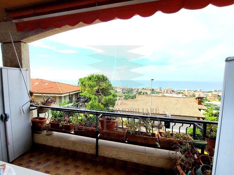 Appartamento in vendita a Vallecrosia, 2 locali, prezzo € 115.000 | PortaleAgenzieImmobiliari.it