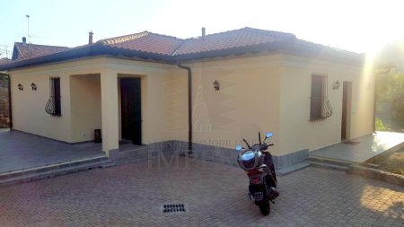Villa, Bordighera