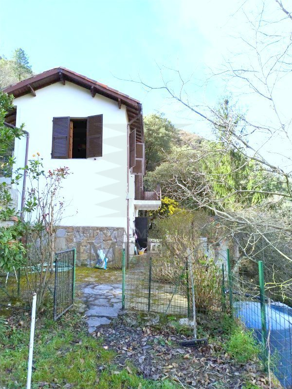Soluzione Indipendente in vendita a Apricale, 3 locali, prezzo € 60.000 | PortaleAgenzieImmobiliari.it
