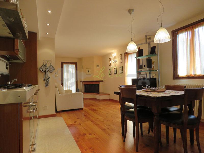Appartamento - Bilocale a Palleusieux, Prè-Saint-Didier