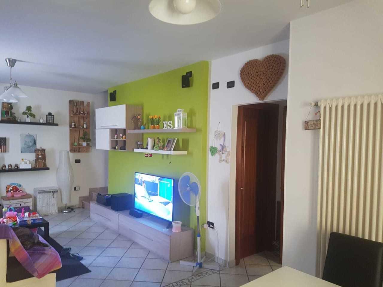 Porzione di casa in ottime condizioni in vendita Rif. 10781253