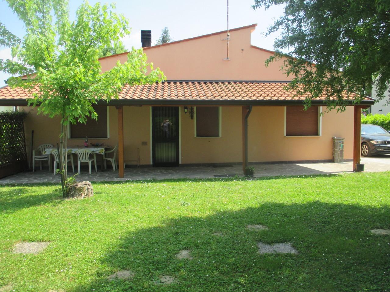 Casa Indipendente da ristrutturare in vendita Rif. 9096077