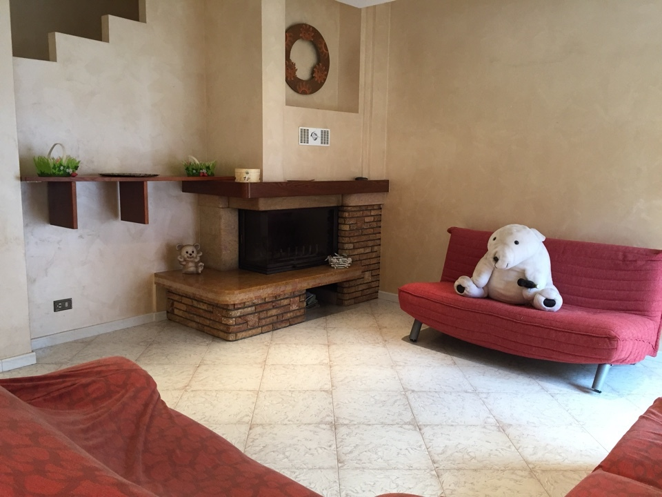 Porzione di casa in buone condizioni in vendita Rif. 8226507