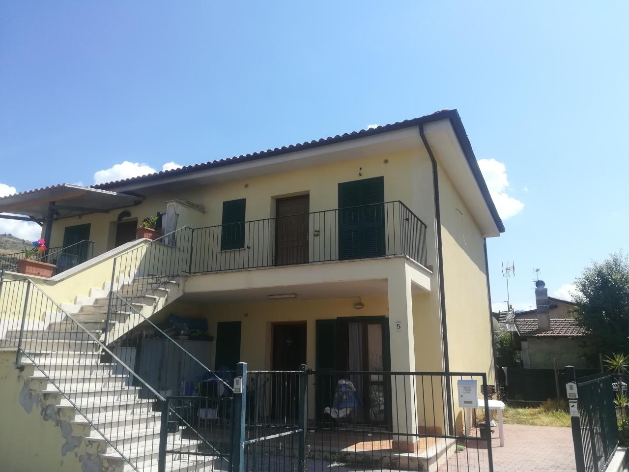 Appartamento in vendita a Palestrina, 3 locali, prezzo € 93.000 | CambioCasa.it