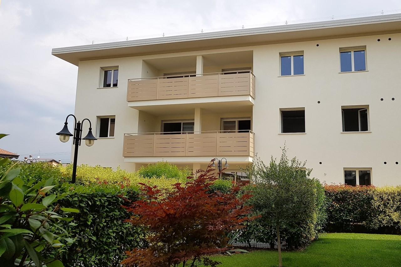Attico / Mansarda in vendita a San Zeno Naviglio, 3 locali, prezzo € 200.000 | PortaleAgenzieImmobiliari.it
