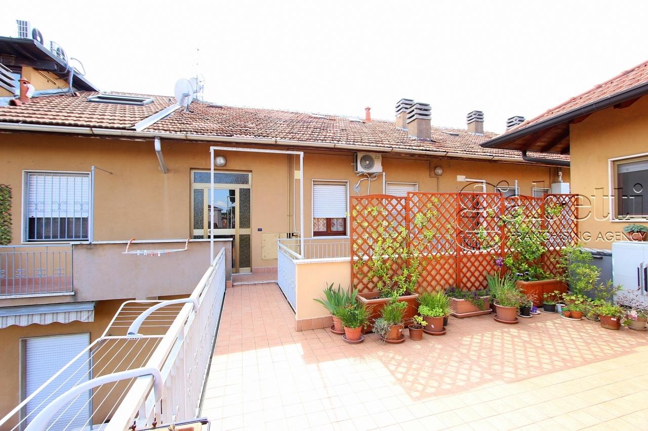 Appartamento in vendita a Vanzago, 2 locali, prezzo € 59.000 | PortaleAgenzieImmobiliari.it