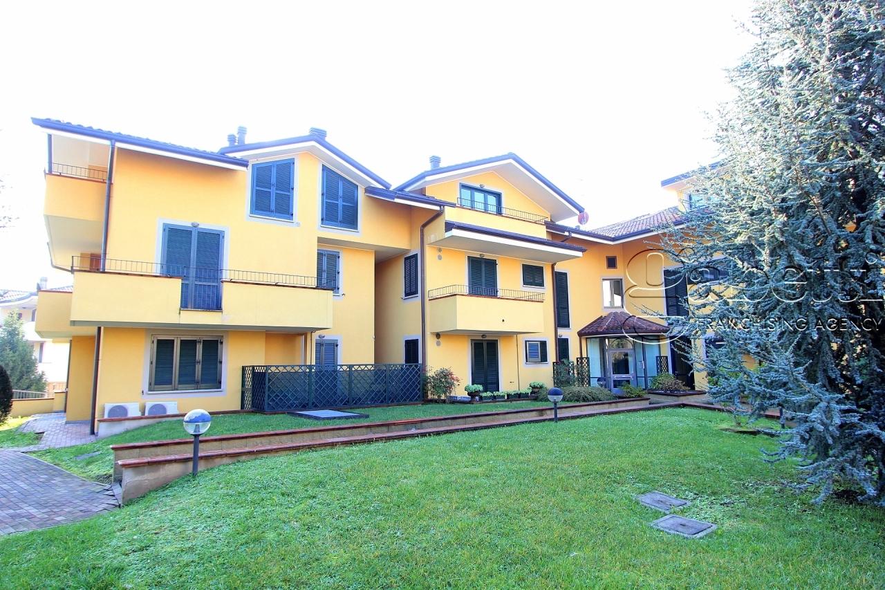 Quadrilocale in ottime condizioni in vendita Rif. 11657711