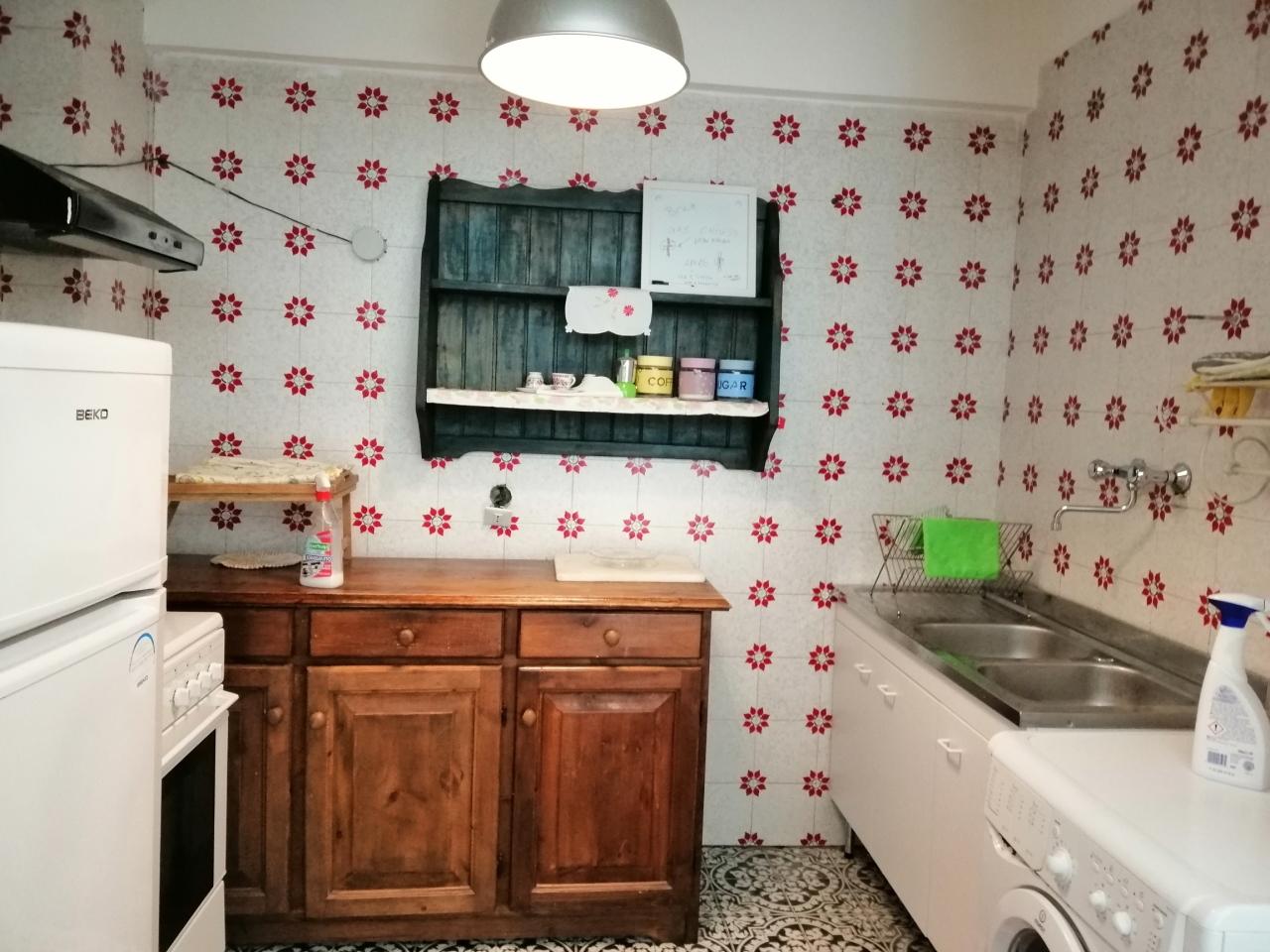 Appartamento in buone condizioni arredato in affitto Rif. 11281793