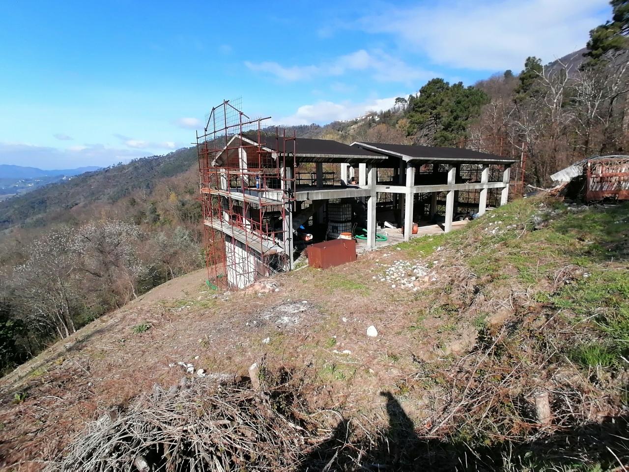 Villa in vendita a Calice al Cornoviglio, 15 locali, prezzo € 179.000 | PortaleAgenzieImmobiliari.it