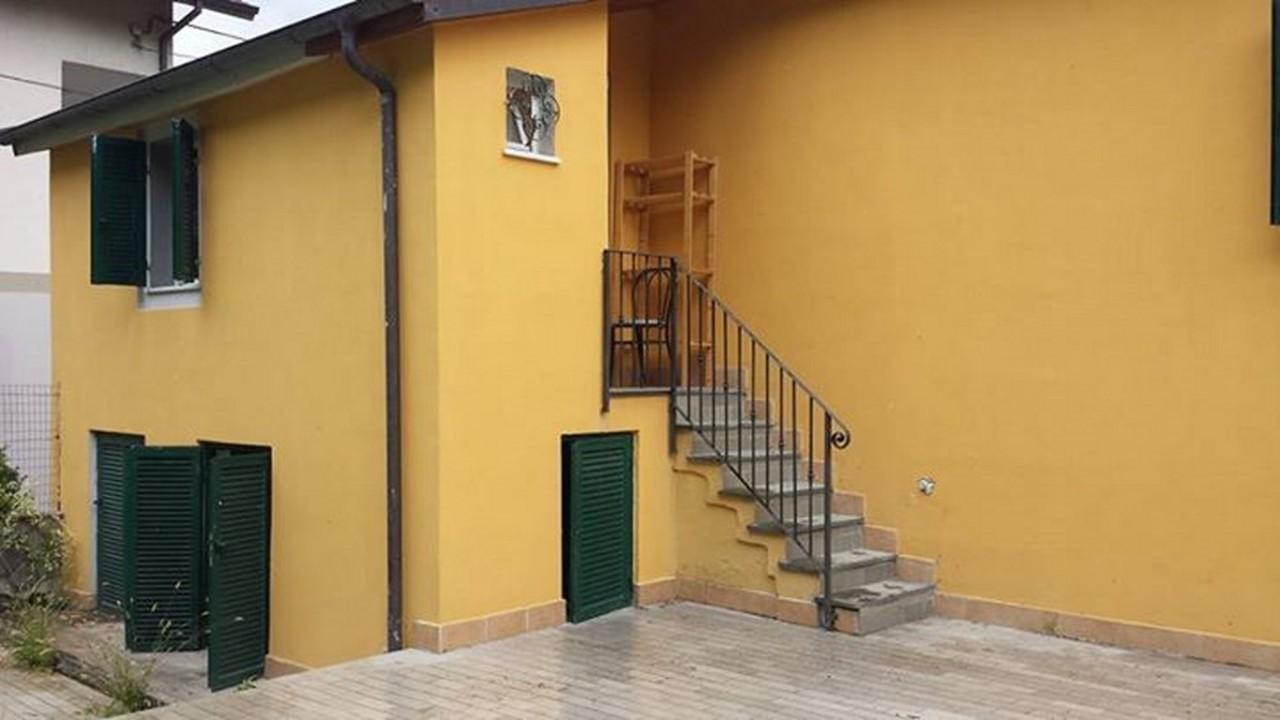 Casa Indipendente ristrutturato in vendita Rif. 10015506