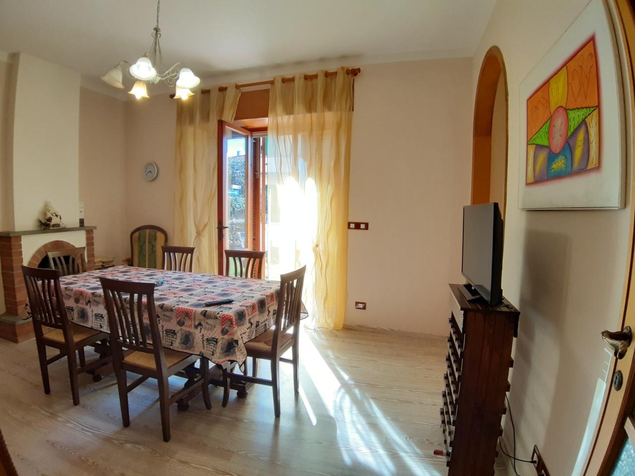 Appartamento ristrutturato arredato in affitto Rif. 9599557