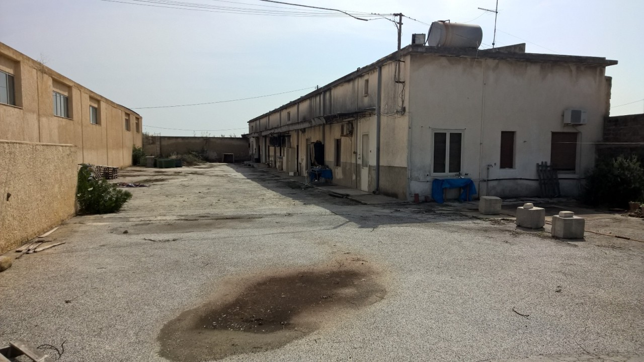 Capannone / Fondo - Industriale/Artigianale a ELORINA - SANTA TERESA, Siracusa Rif. 12283354