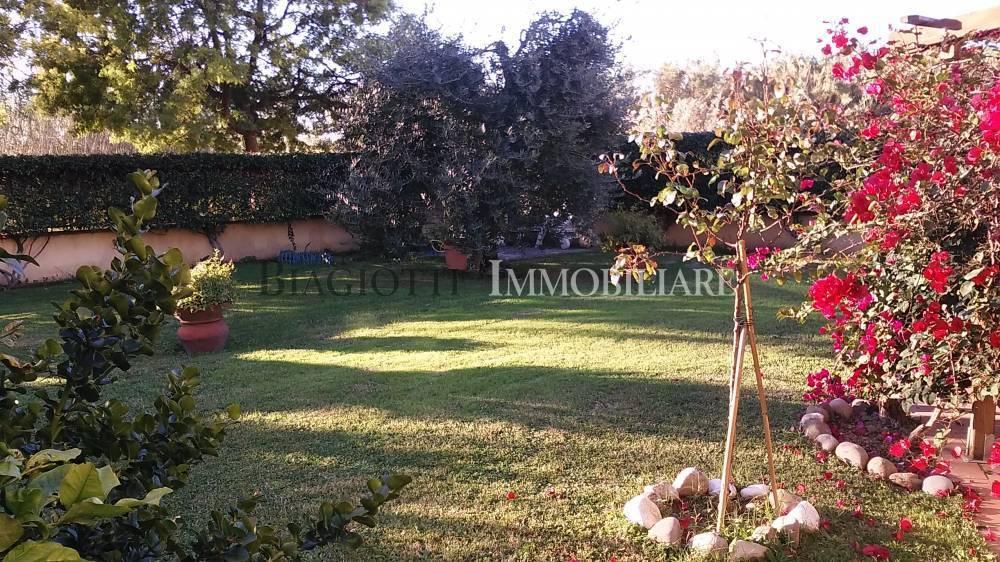Casa Indipendente in ottime condizioni in vendita Rif. 8440271