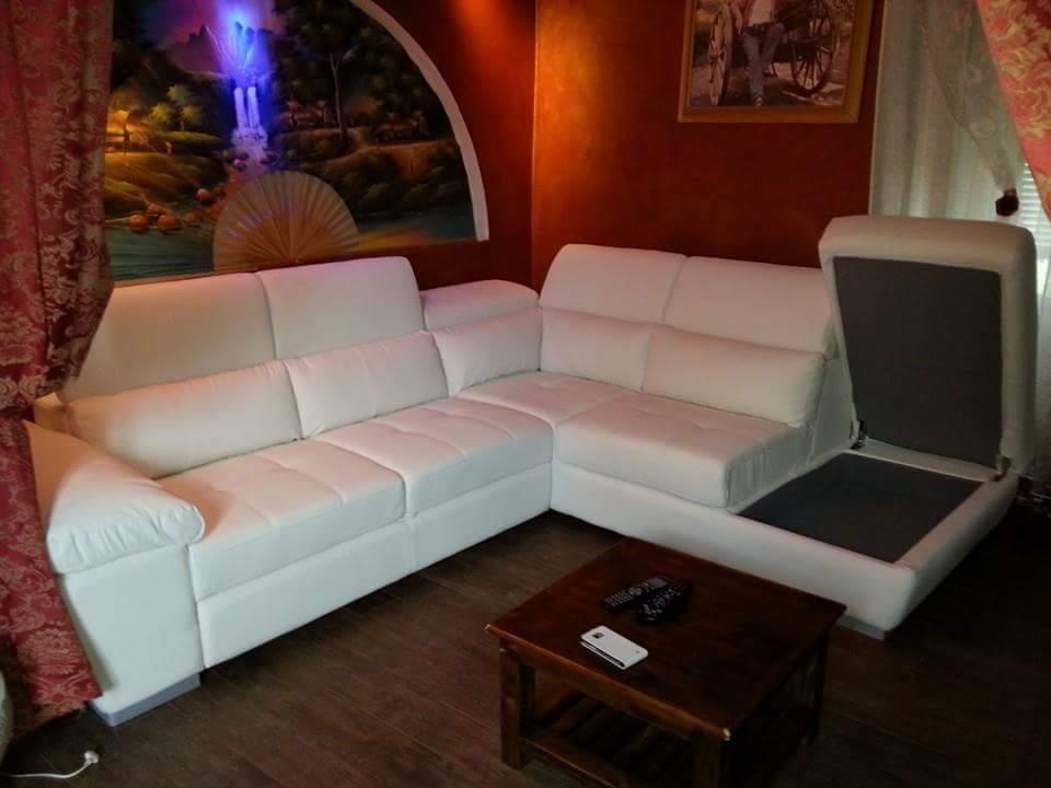 Casa Indipendente in buone condizioni in vendita Rif. 9116232