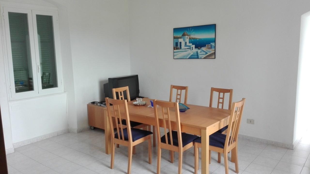 Appartamento in buone condizioni arredato in vendita Rif. 9284573