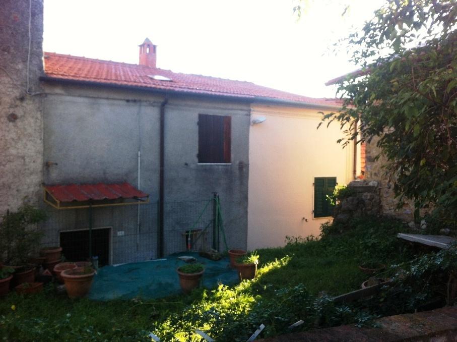 Case - Casa semindipendente a Marciaso, Fosdinovo