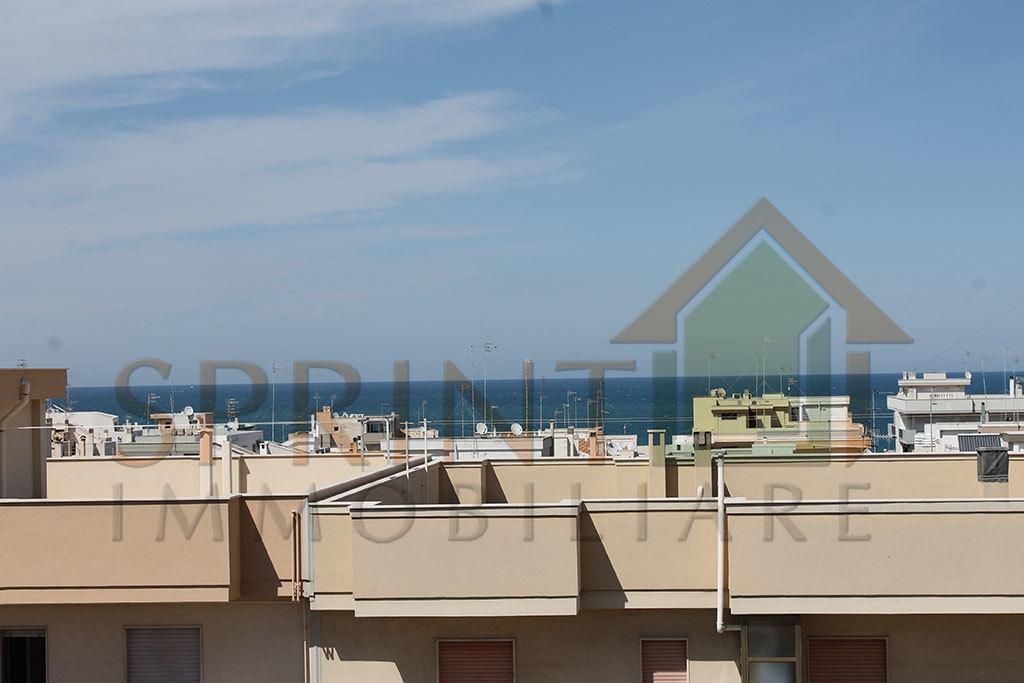 Appartamento in vendita a Polignano a Mare, 4 locali, prezzo € 200.000 | PortaleAgenzieImmobiliari.it