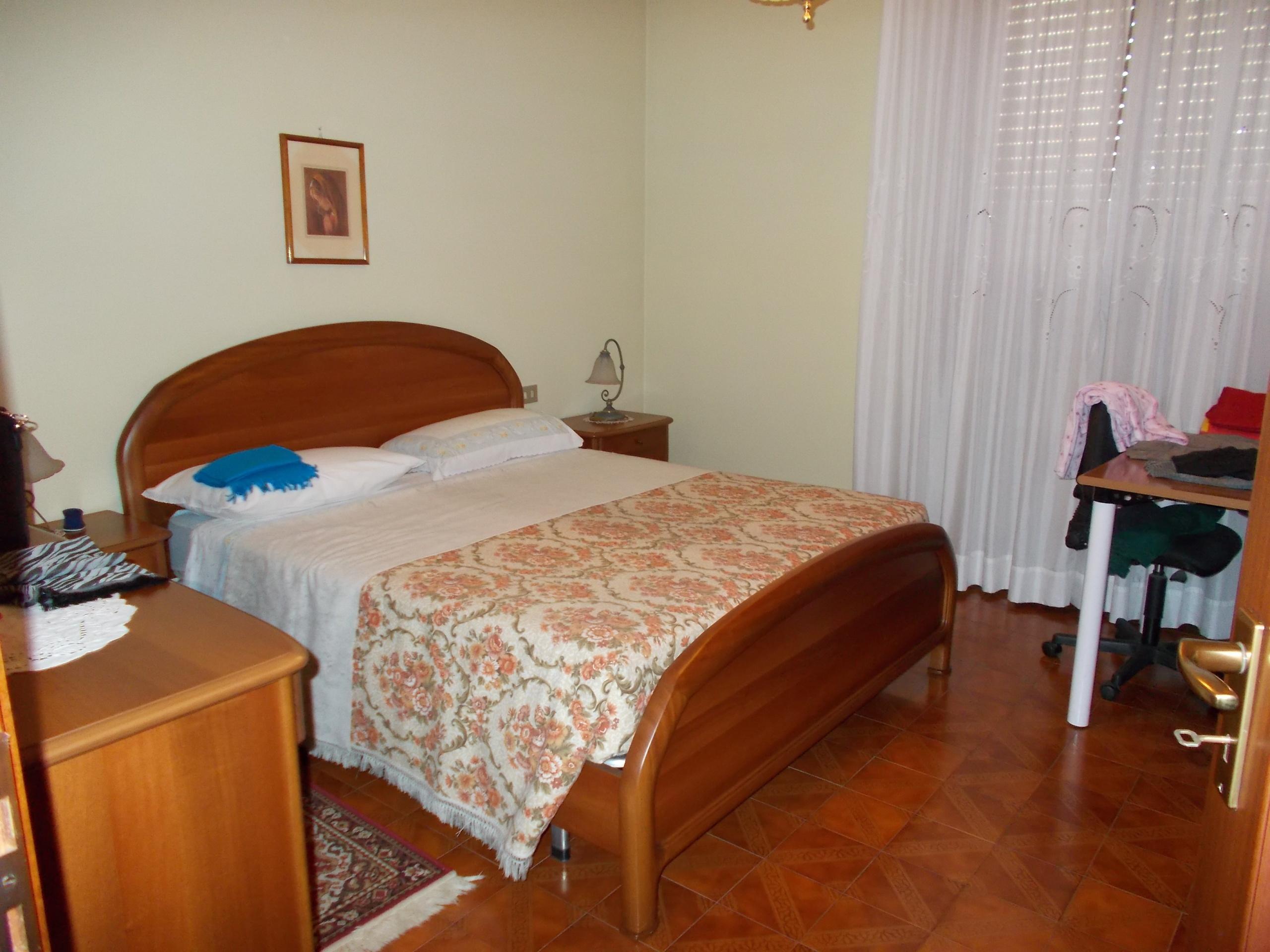 Esterni Casalbuttano : Codice apartment bedrooms for sale a casalbuttano ed