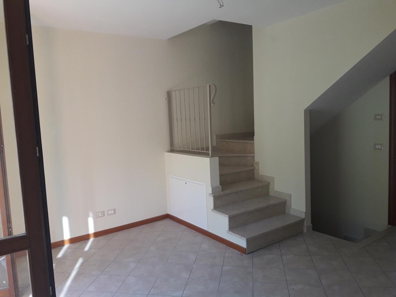 Villetta a schiera in vendita Rif. 8197681