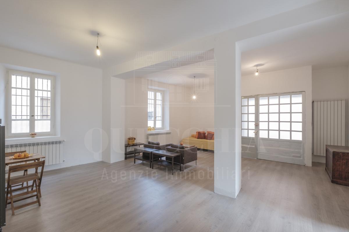 Appartamento in buone condizioni in vendita Rif. 10499332