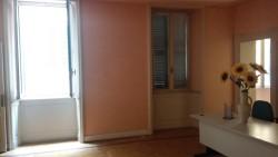 Ufficio in Affitto a Brescia, zona Zona Centro, 1'700€,