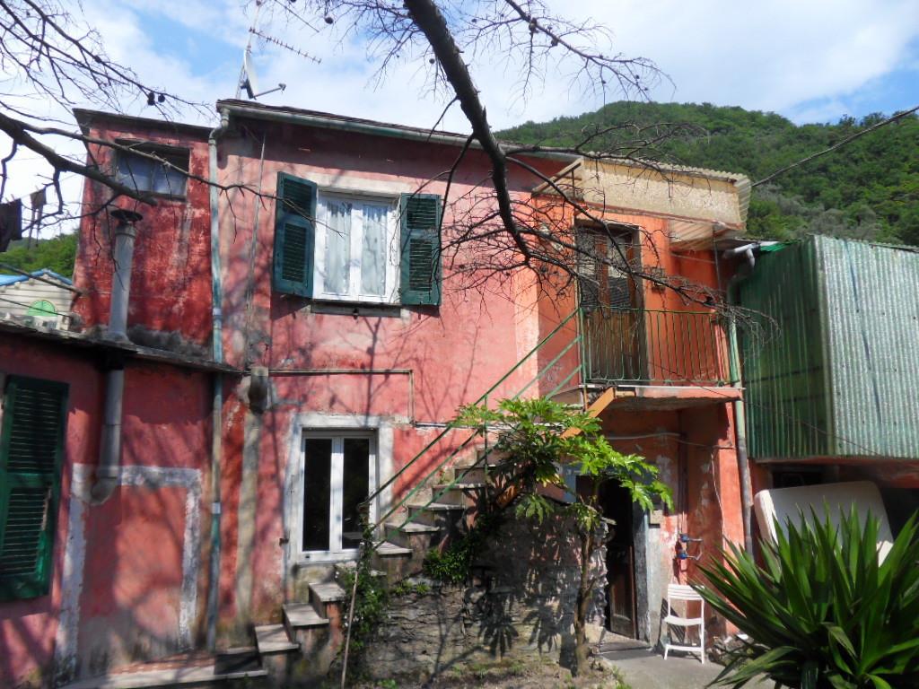 Porzione di casa in discrete condizioni in vendita Rif. 4143013