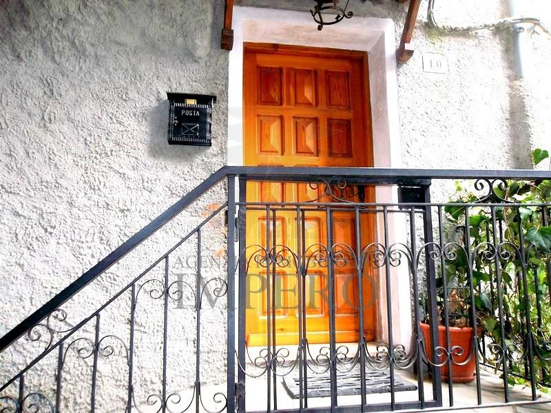 Appartamento in vendita a Pigna, 3 locali, prezzo € 49.000 | PortaleAgenzieImmobiliari.it