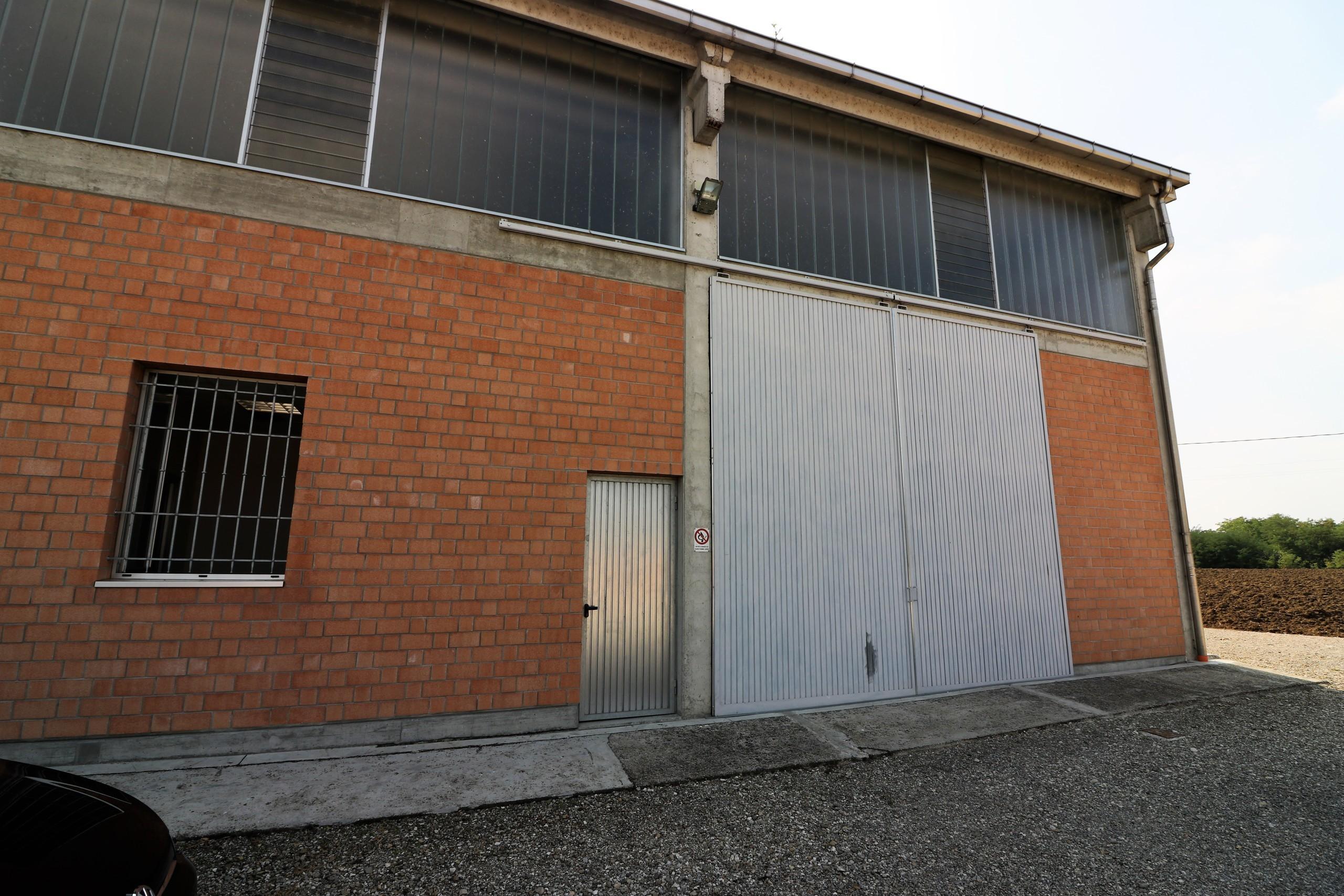Capannone / Fondo Magazzino
