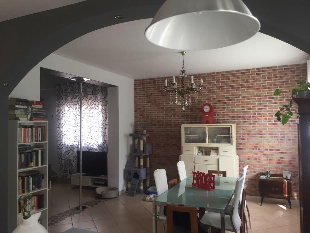 Casa Indipendente in buone condizioni in vendita Rif. 10781268